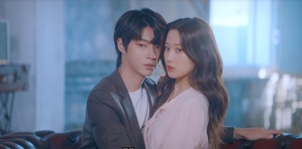 Loạt ảnh 'cẩu lương' ngọt ngào của nữ chính True Beauty và nam thần Hwang In Yeop Ảnh 7
