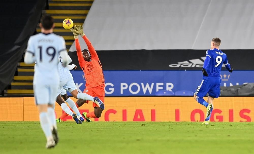 Man Utd mất ngôi đầu bảng vào tay Leicester Ảnh 2