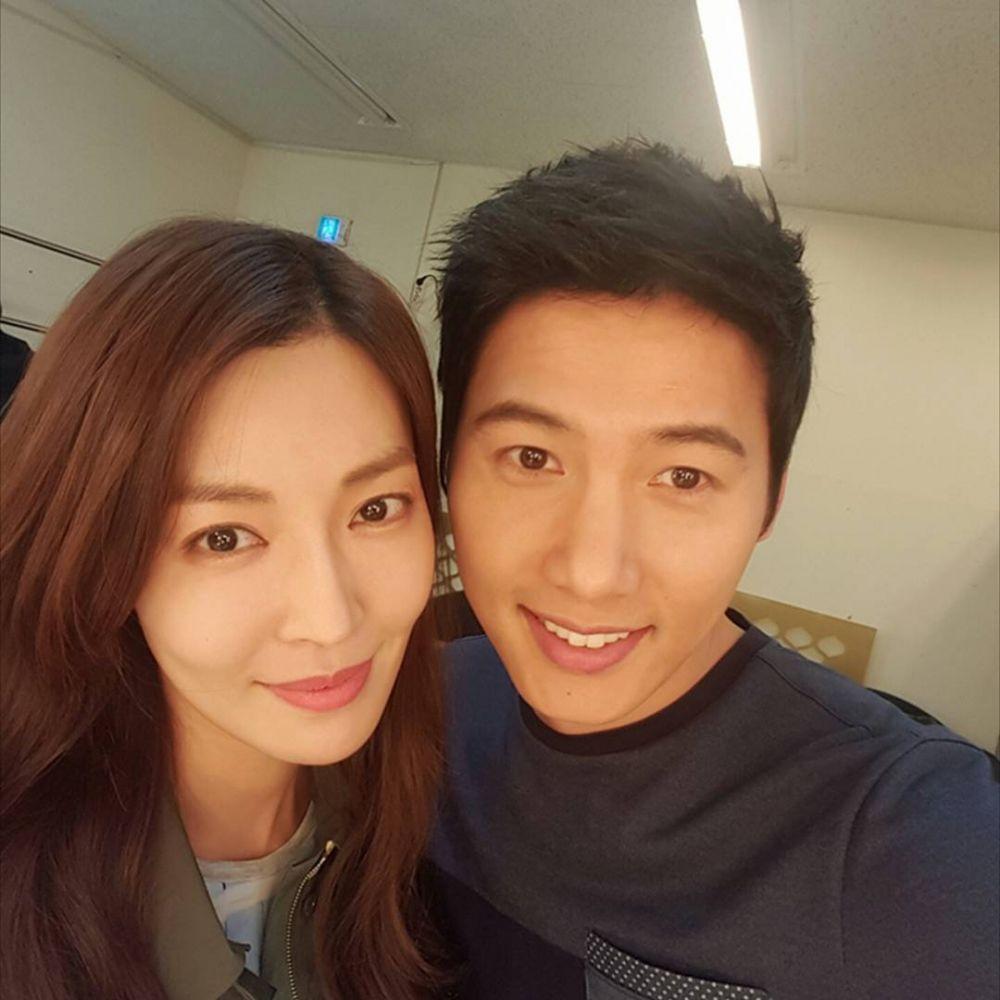 Chồng của nữ diễn viên Kim So Yeon bất ngờ xuất hiện ở 'Penthouse 2', ngày tàn của Cheon Seo Jin sắp tới? Ảnh 2