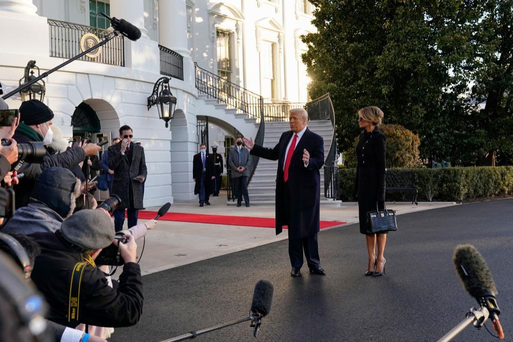 Thêm một nền tảng cấm vĩnh viễn tài khoản của cựu Tổng thống Donald Trump Ảnh 4