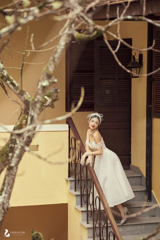 Á Hậu Thúy An hé lộ ảnh cưới lung linh tại Đà Lạt: Cô dâu nhan sắc rạng ngời, chú rể điển trai phong độ Ảnh 3