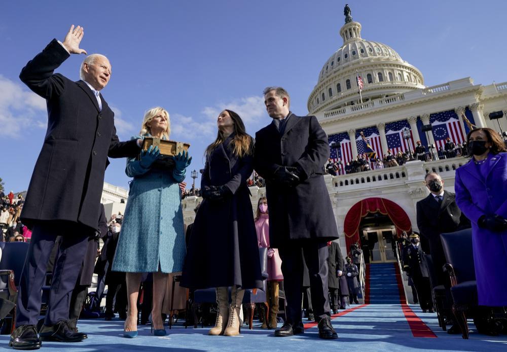 Lượng người xem tân Tổng thống Joe Biden nhậm chức vượt cựu Tổng Thống Donald Trump Ảnh 1