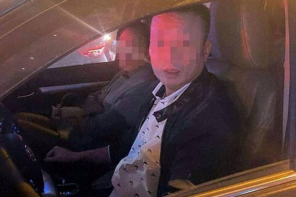 Khởi tố vụ tài xế đánh gãy răng nam thanh niên vì bị nhắc dừng đèn đỏ lâu Ảnh 1