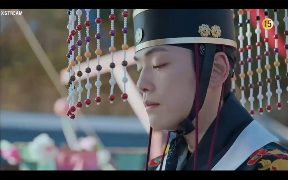 'Mr. Queen' tập 13: Shin Hye Sun cạn tình, quyết phản bội Kim Hyun Jung để bắt tay cùng kẻ thù? Ảnh 1