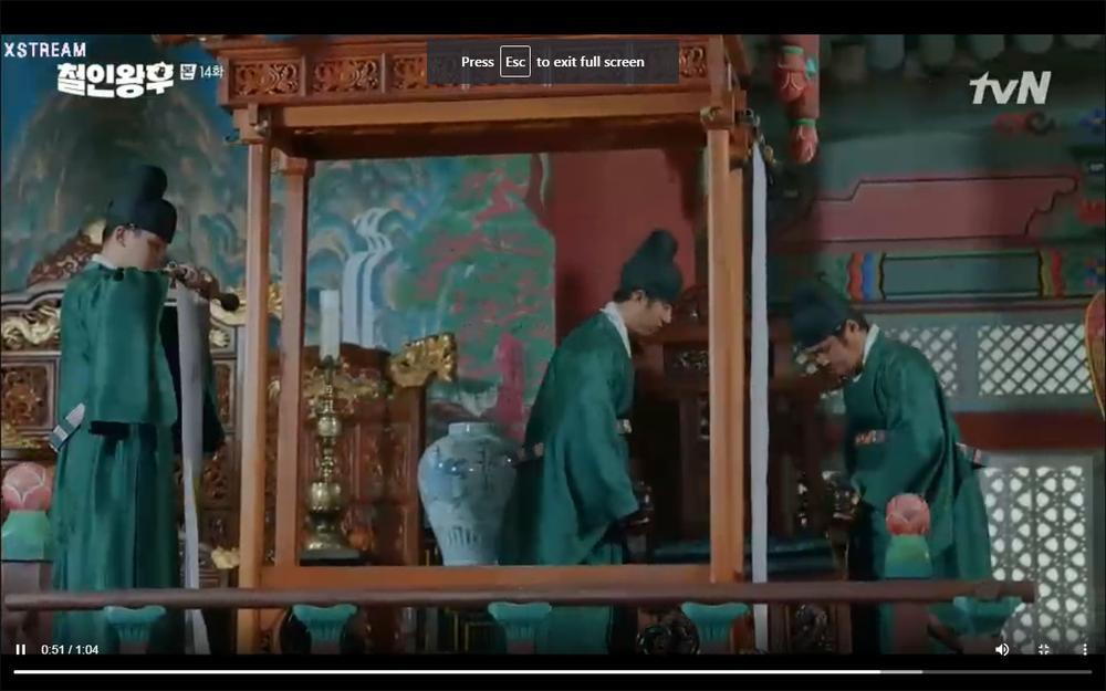 'Mr. Queen' tập 14: Shin Hye Sun suýt chết vì độc, người chết thay là? Ảnh 25