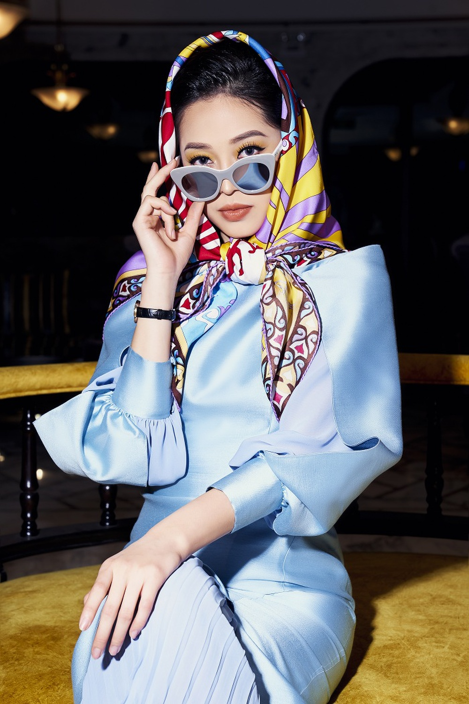 Á hậu Phương Nga khoe nhan sắc kiêu sa với váy áo lụa là đầy sắc màu Ảnh 7