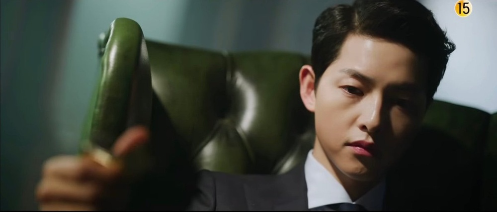 Song Joong Ki lột xác sau hơn 1 năm ly hôn Song Hye Kyo: Sống để trả thù! Ảnh 4