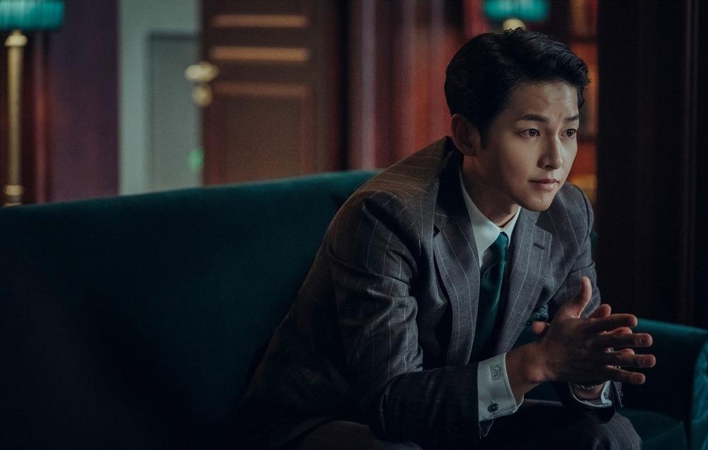 Song Joong Ki lột xác sau hơn 1 năm ly hôn Song Hye Kyo: Sống để trả thù! Ảnh 5