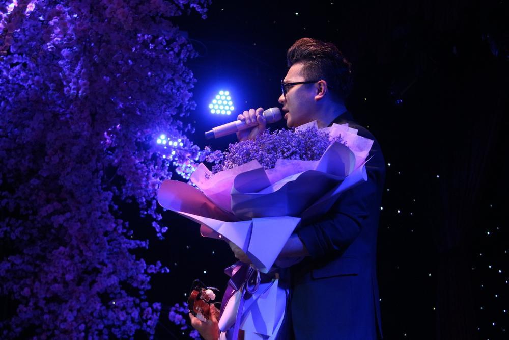 Đồng nghiệp nghẹn ngào tưởng nhớ Vân Quang Long, gây quỹ hơn 220 triệu đồng ủng hộ cho các con của cố ca Ảnh 4