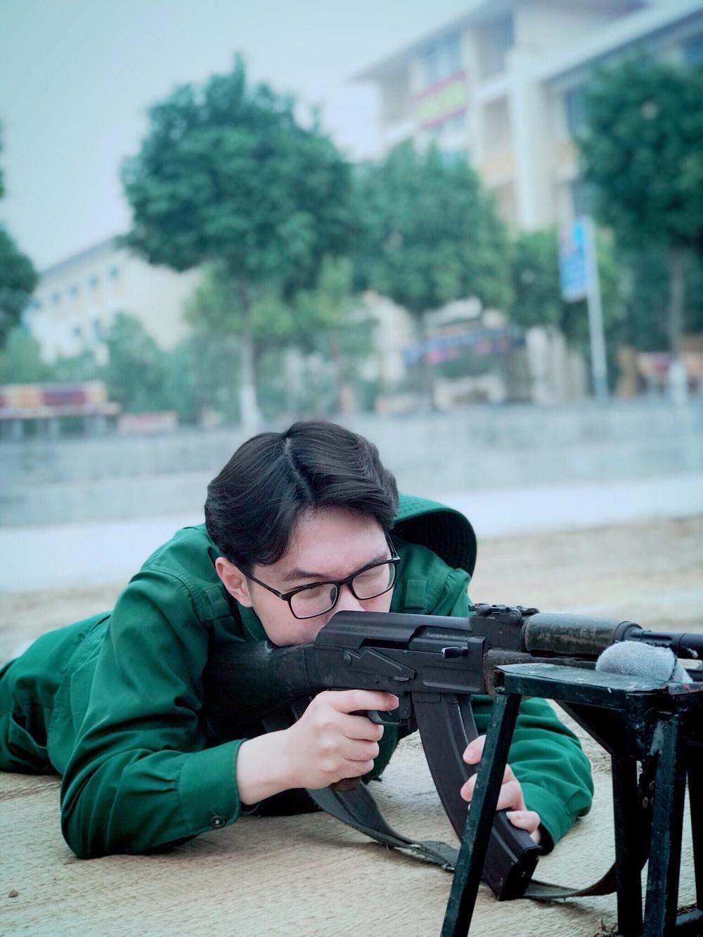 Chiêm ngưỡng dàn 'Trai xinh gái đẹp'- 'Đặc sản' mùa quân sự của Học viện Chính sách và Phát triển Ảnh 11