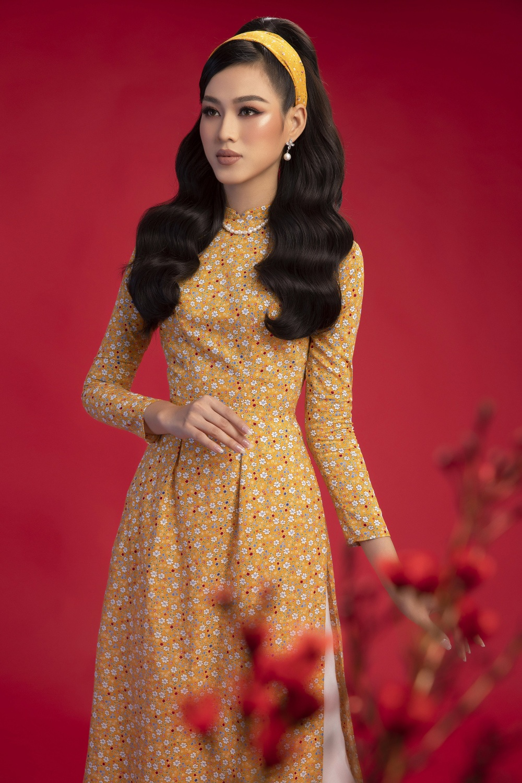 Top 3 Hoa hậu Việt Nam 2020 Đỗ Hà - Phương Anh - Ngọc Thảo chào xuân 'ngọt lịm' với áo dài cổ điển Ảnh 5