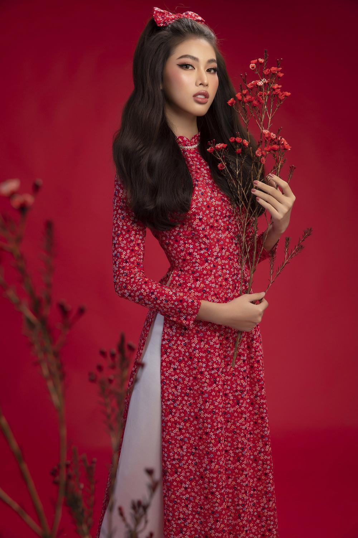 Top 3 Hoa hậu Việt Nam 2020 Đỗ Hà - Phương Anh - Ngọc Thảo chào xuân 'ngọt lịm' với áo dài cổ điển Ảnh 11