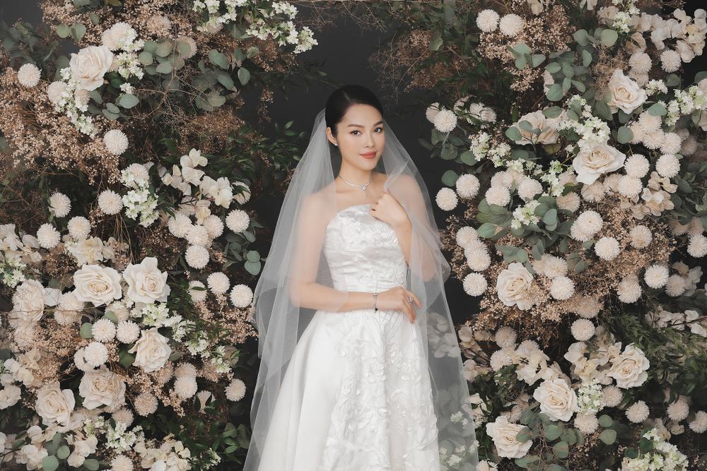Dương Cẩm Lynh bất ngờ tung ảnh cưới, phải chăng sắp lên xe hoa lần 2? Ảnh 10