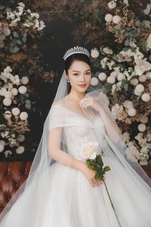 Dương Cẩm Lynh bất ngờ tung ảnh cưới, phải chăng sắp lên xe hoa lần 2? Ảnh 12