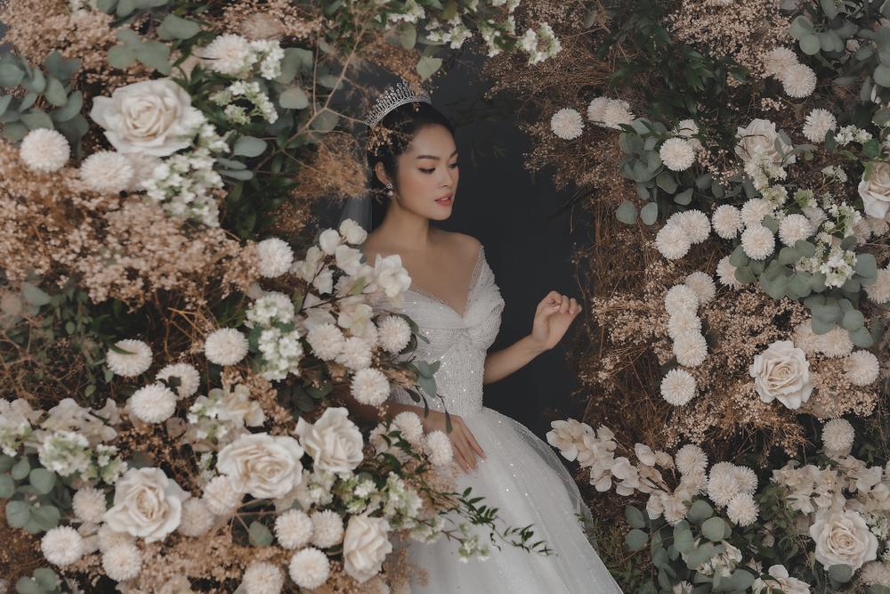 Dương Cẩm Lynh bất ngờ tung ảnh cưới, phải chăng sắp lên xe hoa lần 2? Ảnh 14