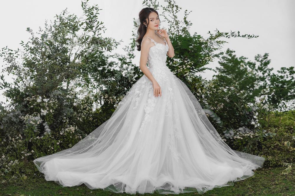 Dương Cẩm Lynh bất ngờ tung ảnh cưới, phải chăng sắp lên xe hoa lần 2? Ảnh 3