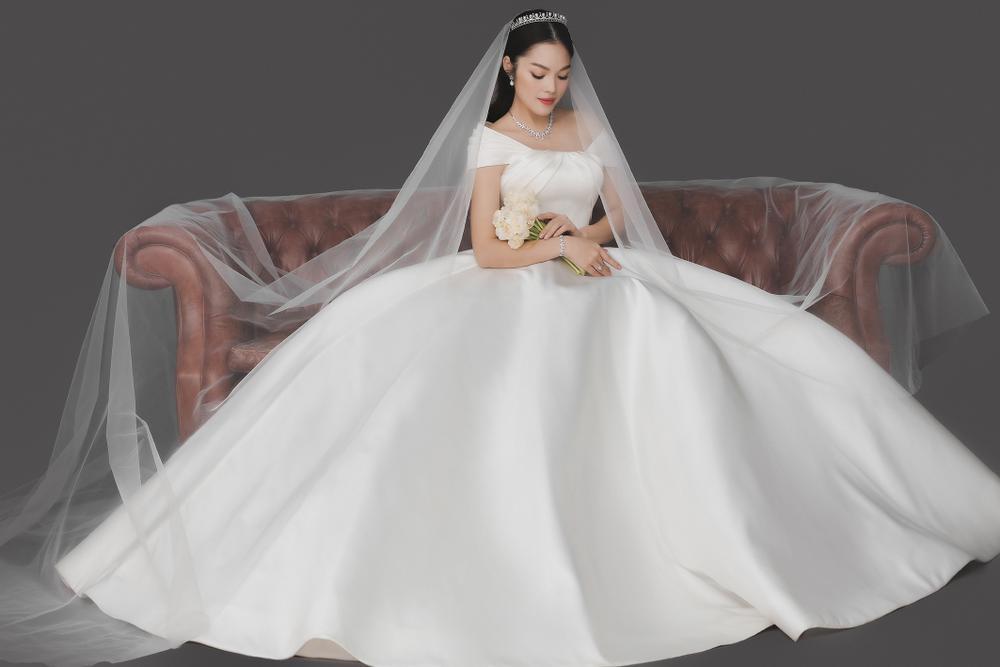 Dương Cẩm Lynh bất ngờ tung ảnh cưới, phải chăng sắp lên xe hoa lần 2? Ảnh 7