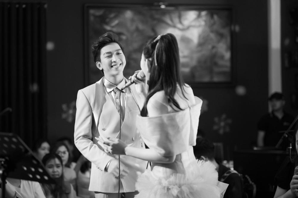 Thu Thủy tiết lộ kỷ niệm đặc biệt với Tăng Phúc trong đêm nhạc Thu Thuy's Memories Ảnh 4