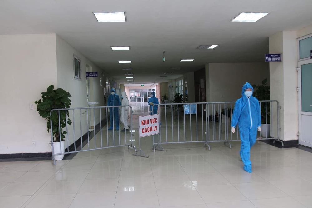 Bệnh viện dã chiến thứ 2 của Hải Dương thần tốc hoàn thành, đón bệnh nhân nhiễm COVID-19 đến điều trị Ảnh 4