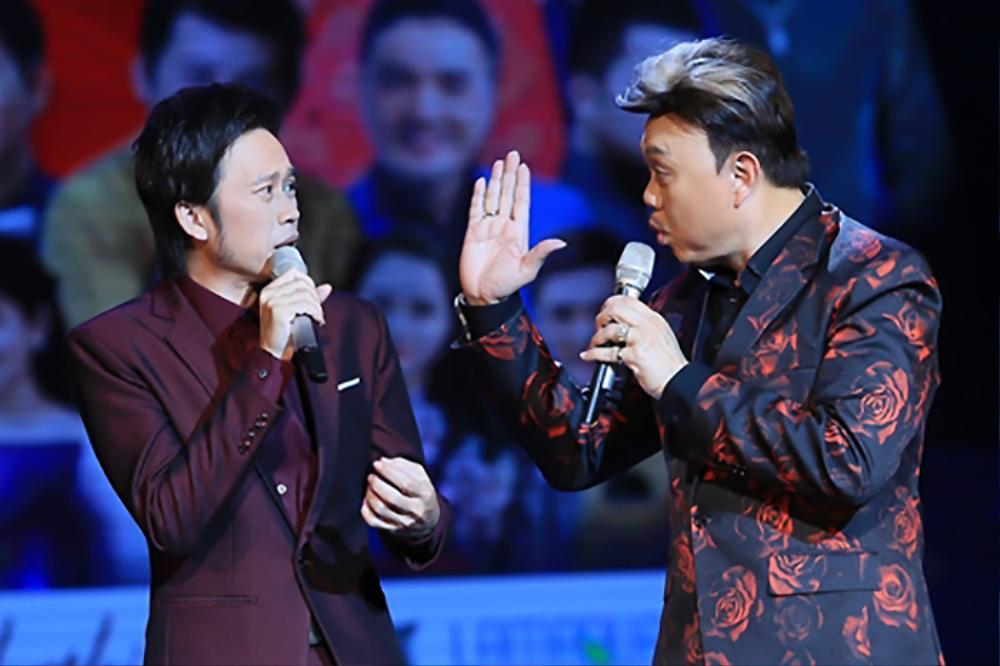 Hoài Linh nhớ cố nghệ sĩ Chí Tài giữa đêm: 'Dẫu có buồn, dẫu có vui cũng là kỷ niệm' Ảnh 3