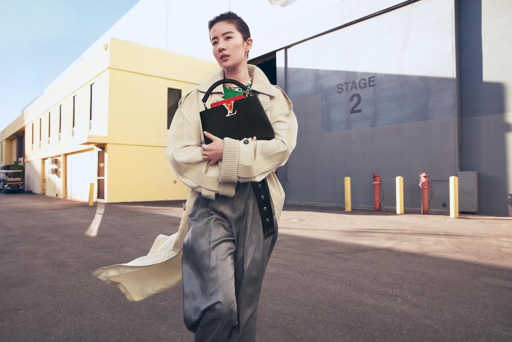Địch Lệ Nhiệt Ba bị thương hiệu thời trang ghẻ lạnh vì sự xuất hiện của Lưu Diệc Phi? Ảnh 7