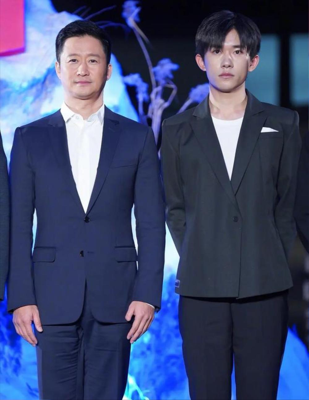 Dịch Dương Thiên Tỉ từ chối lời mời của CCTV vì sự nghiệp phim ảnh Ảnh 2
