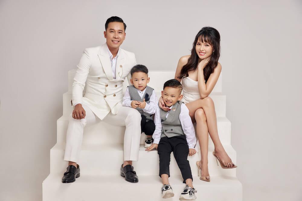 Bà xã Lê Hoàng (The Men) tiết lộ từng bị chồng đạp thẳng vào bụng khi báo tin có bầu Ảnh 5