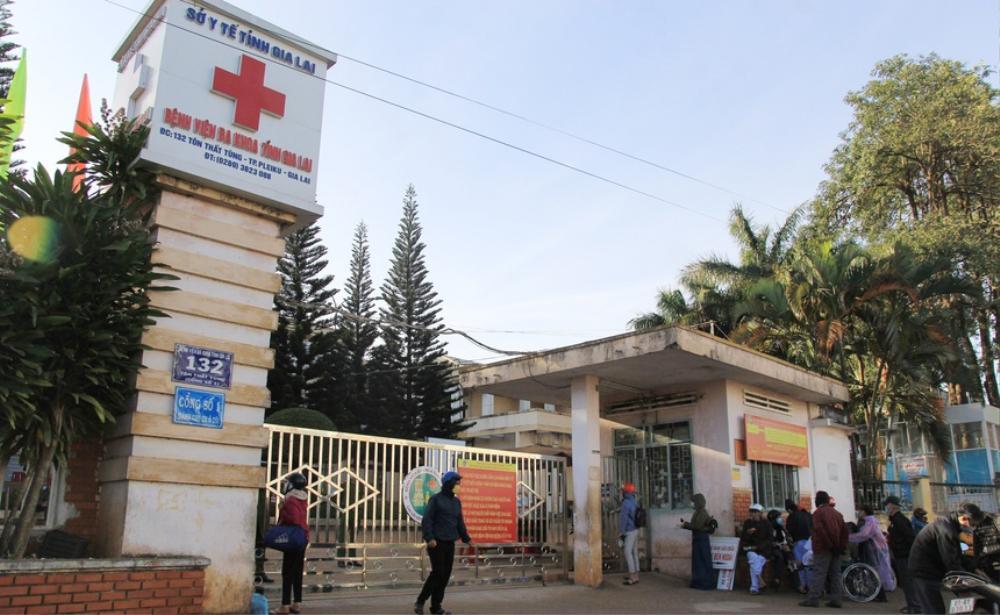 Phát hiện ca dương tính với SARS-CoV-2, Gia Lai phong tỏa bệnh viện Đa khoa tỉnh Ảnh 1