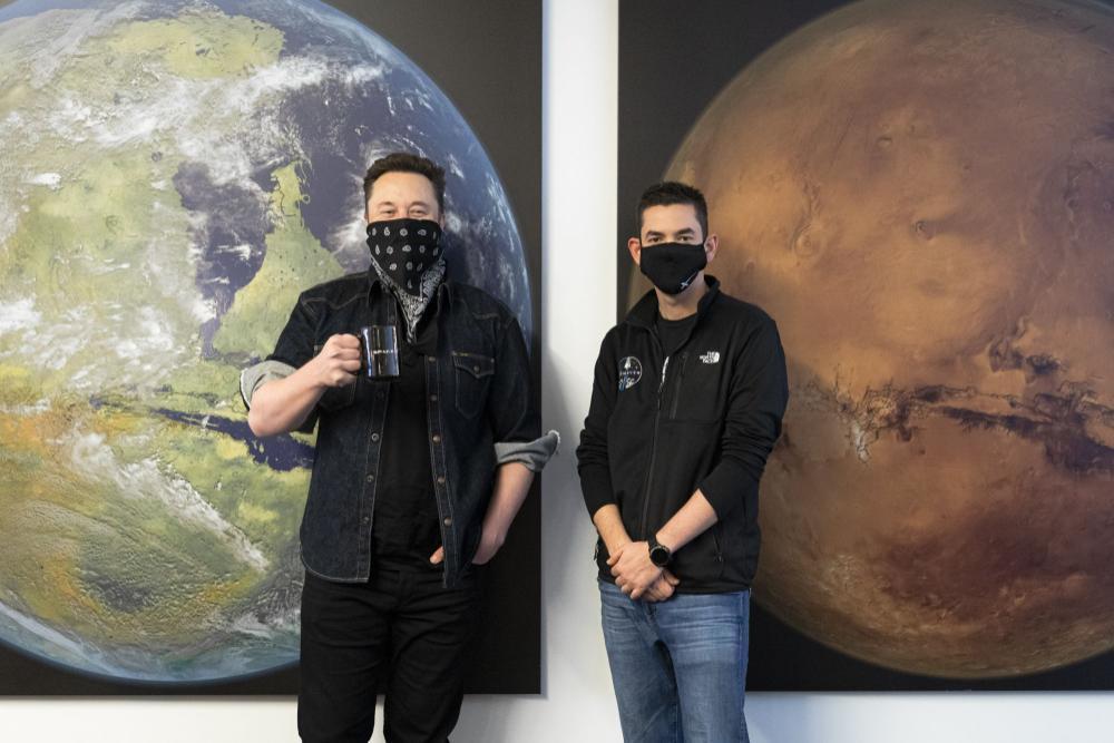 Tỷ phú người Mỹ đang tìm 3 người may mắn để cùng bay vào vũ trụ Ảnh 3
