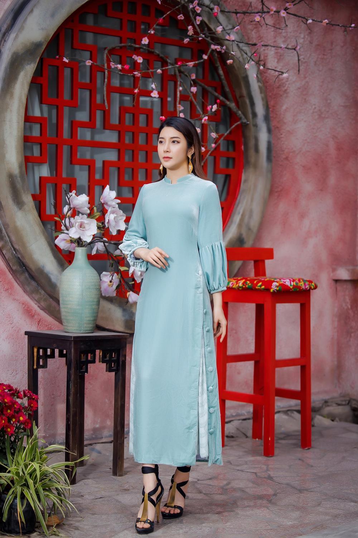 Du Xuân kiêu sa với áo dài nhung cách tân giao thoa vẻ đẹp Á - Âu Ảnh 8