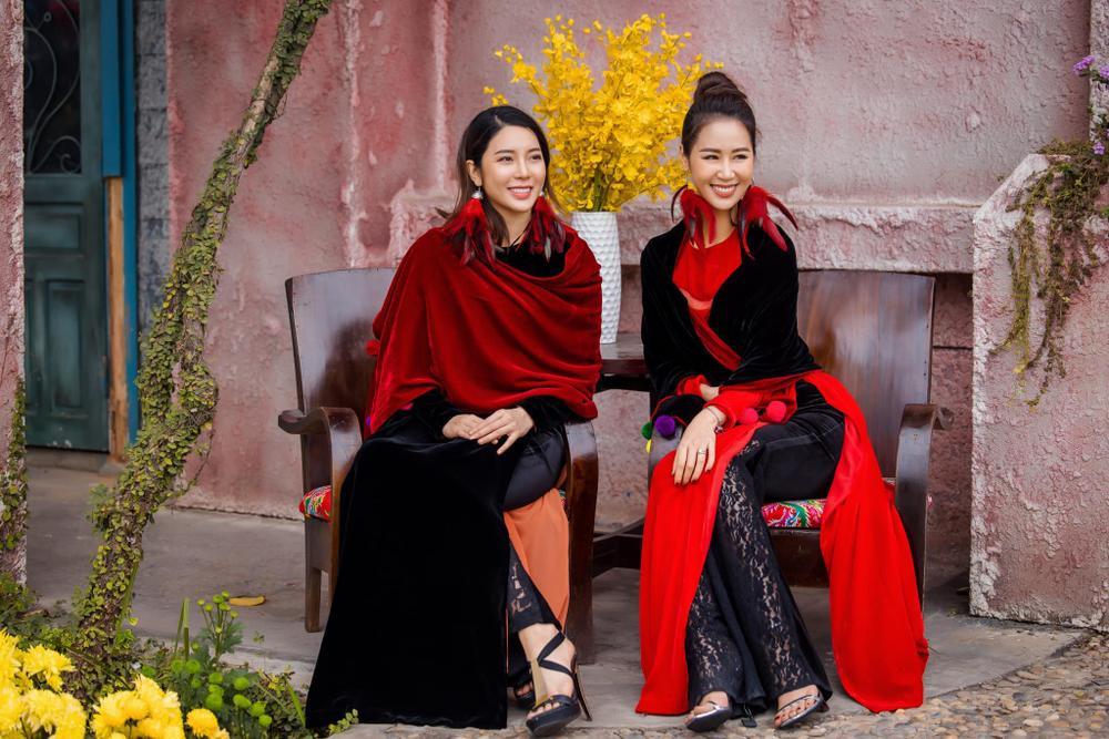 Du Xuân kiêu sa với áo dài nhung cách tân giao thoa vẻ đẹp Á - Âu Ảnh 14