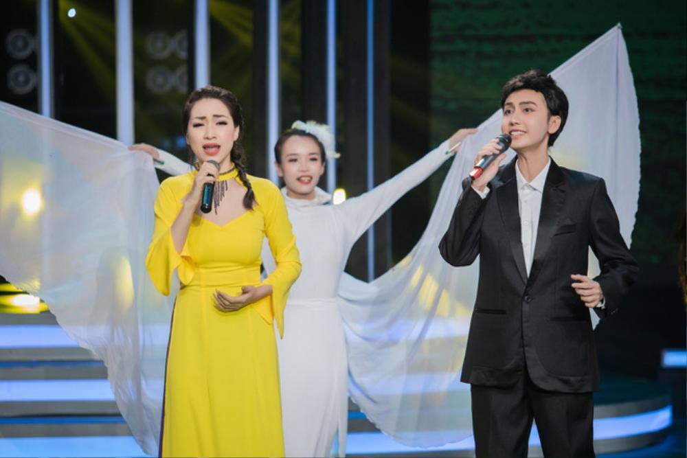 Bạn trai Hòa Minzy khiến dân tình hoang mang khi gọi Lynk Lee là 'em yêu' Ảnh 6