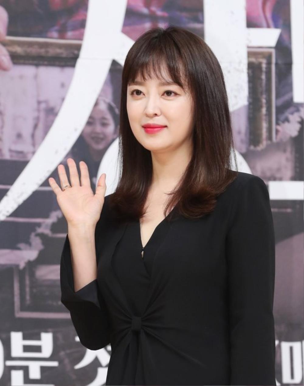 'Penthouse 2': Lộ tạo hình mới của Kim So Yeon, 'chốt đơn' dàn cameo đình đám gây choáng! Ảnh 9
