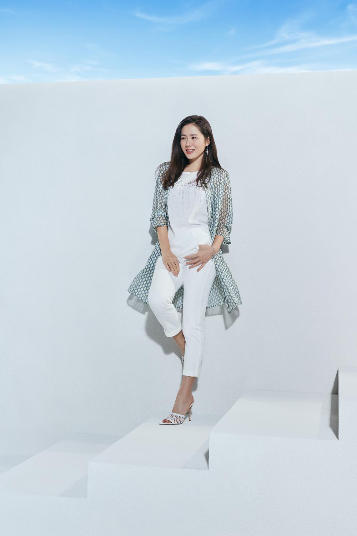 Thay thế Ha Ji Won, Son Ye Jin trở thành 'nàng thơ' mới chỉ vì hẹn hò với Hyun Bin? Ảnh 1