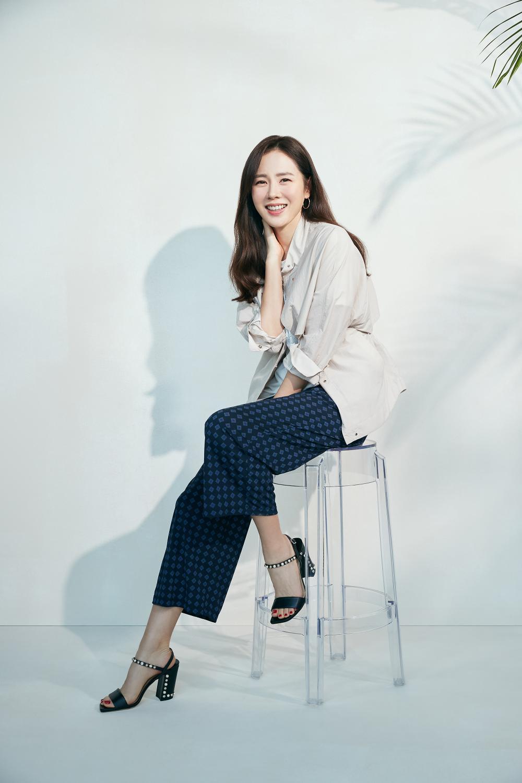 Thay thế Ha Ji Won, Son Ye Jin trở thành 'nàng thơ' mới chỉ vì hẹn hò với Hyun Bin? Ảnh 4