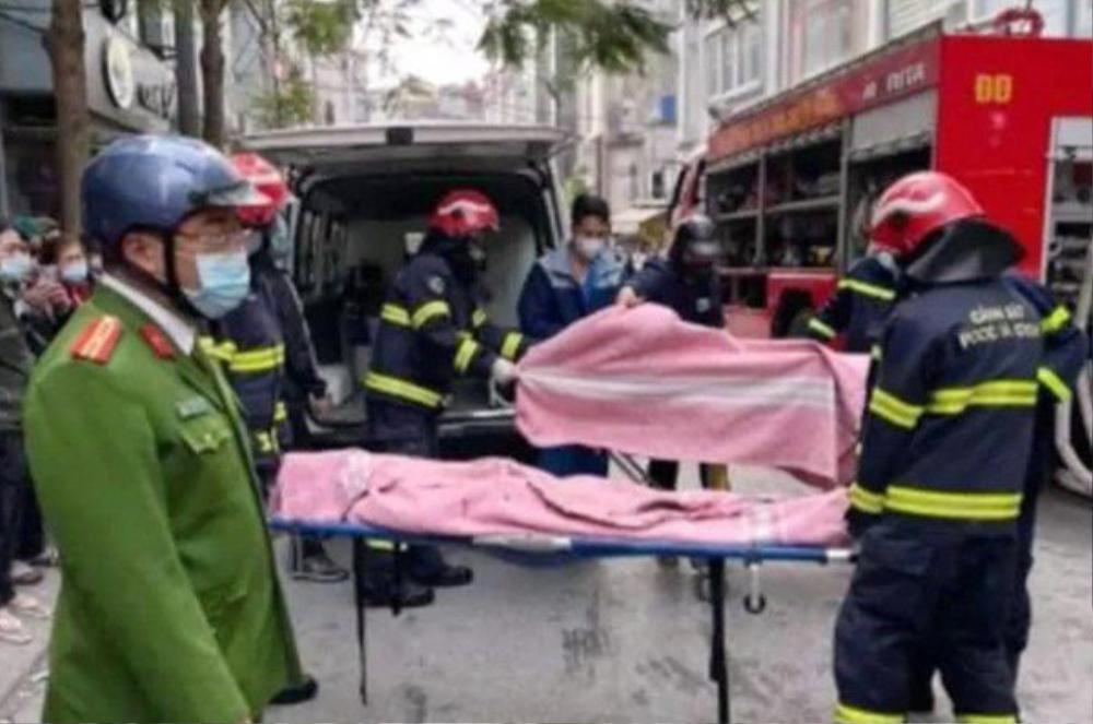 ĐH Thủy Lợi hỗ trợ gia đình các cựu sinh viên là nạn nhân vụ hỏa hoạn khi đốt vàng mã ngày 23 tháng Chạp Ảnh 2