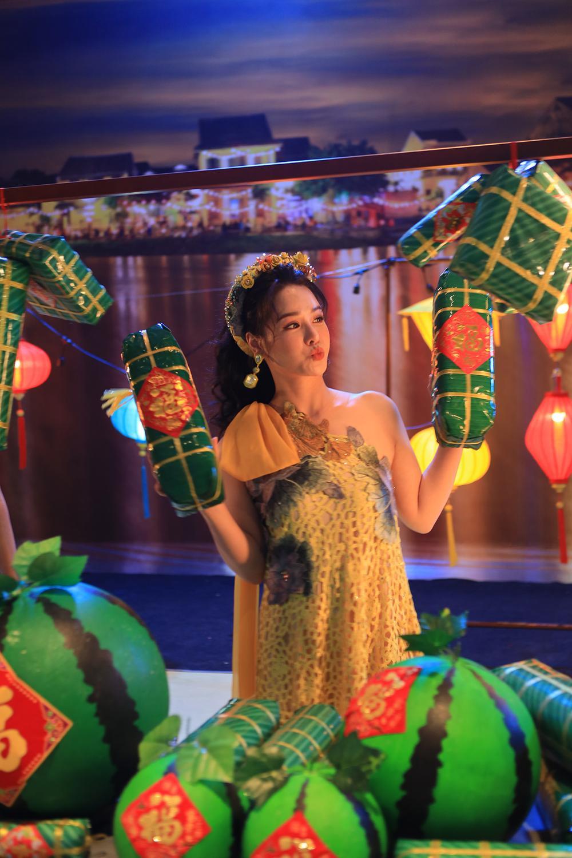 Nhật Kim Anh hóa thành nữ thần mùa Xuân xiêm y lộng lẫy trong MV mới Ảnh 9