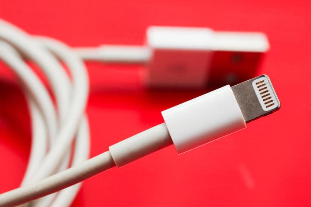 Apple đã tìm được cách chế tạo cáp sạc siêu bền cho iPhone, iPad Ảnh 1