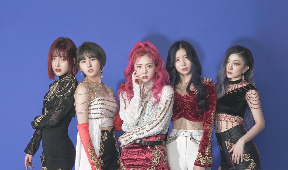 Loạt nhóm nhạc từng đổi tên fandom vì tranh cãi, đàn em BTS cũng góp mặt Ảnh 3