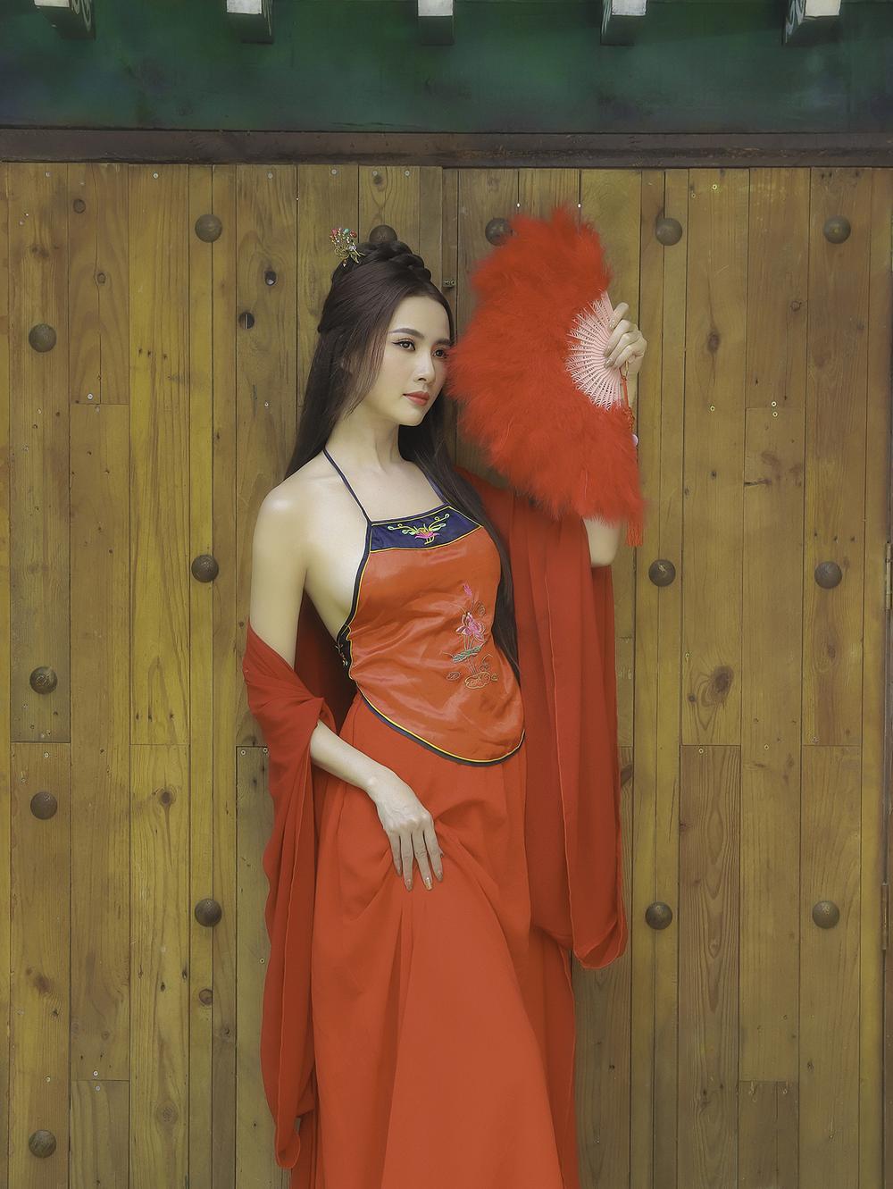 Phan Thị Mơ hóa tiên nữ, hững hờ thềm ngực quyến rũ mê hồn Ảnh 6