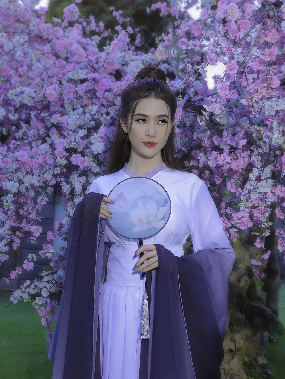 Phan Thị Mơ hóa tiên nữ, hững hờ thềm ngực quyến rũ mê hồn Ảnh 16