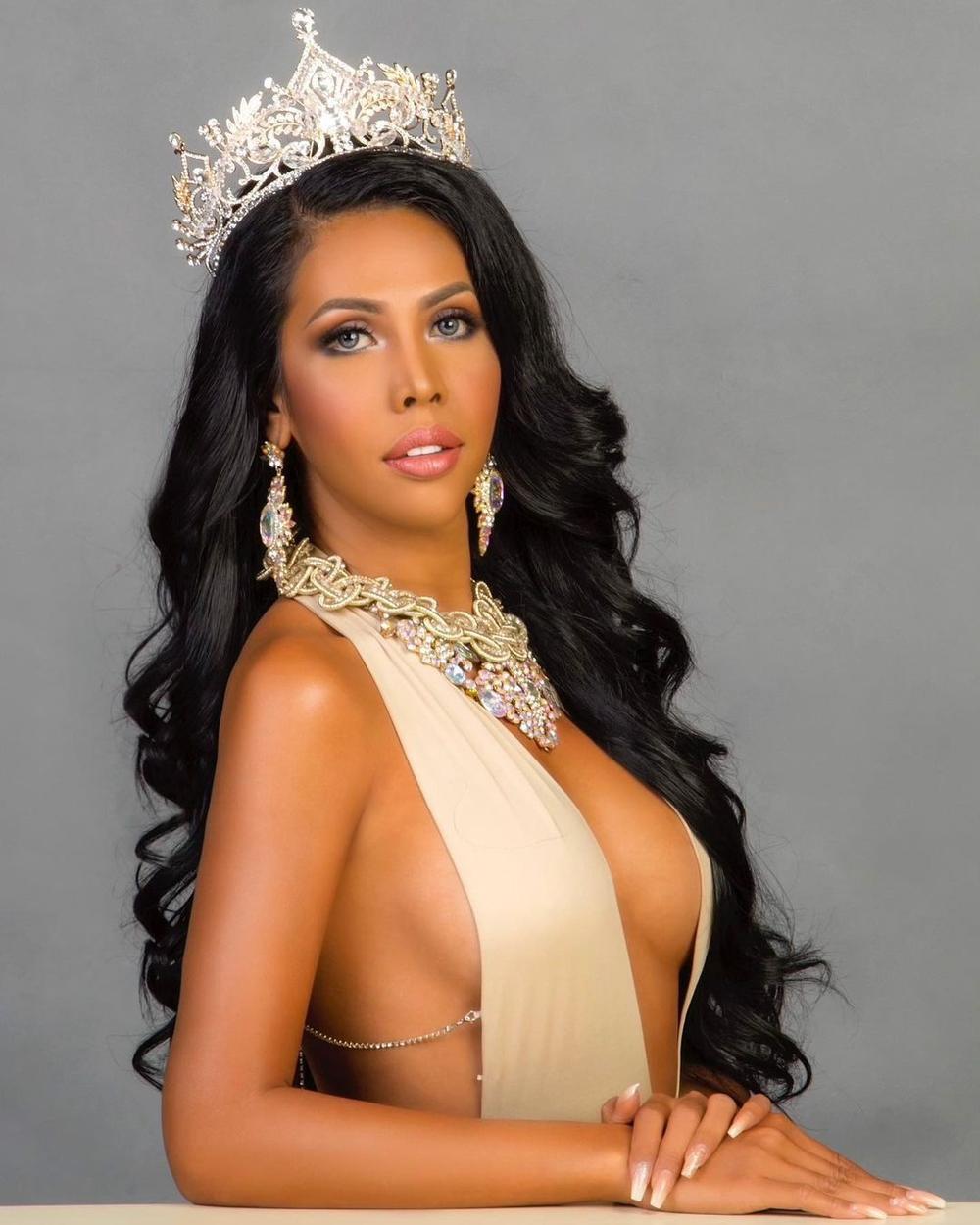 12 thí sinh đầu tiên dự thi Miss International Queen 2021: Trân Đài 'kèn cựa' mỹ nhân Thái Lan Ảnh 30