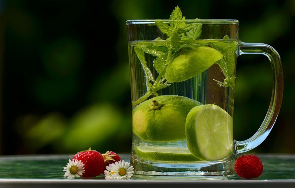 7 Thức uống giảm cân tự nhiên bất chấp bạn ăn uống 'ngập mặt' ngày Tết Ảnh 7