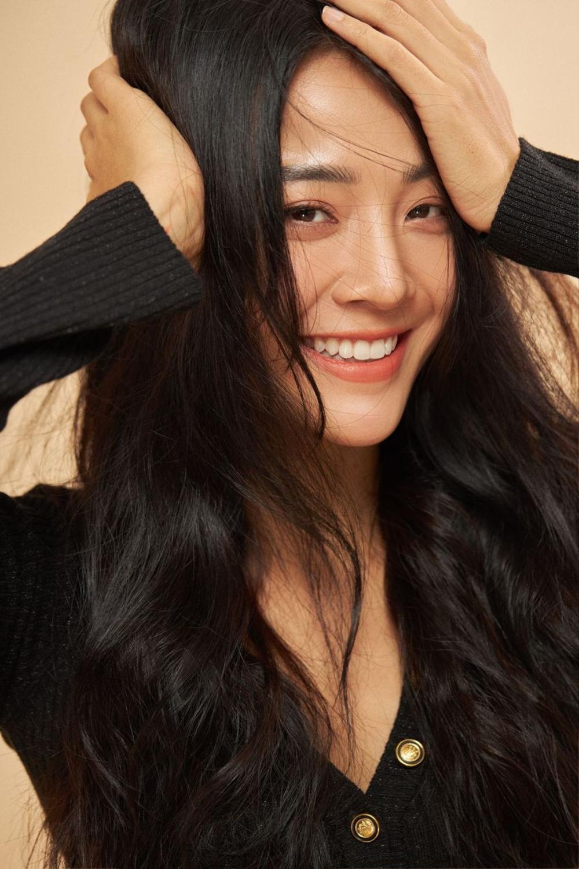Khoe body săn chắc đáng mơ ước, Karen Nguyễn bật mí bí kíp giữ dáng cho 'phái đẹp' dịp Tết Ảnh 1
