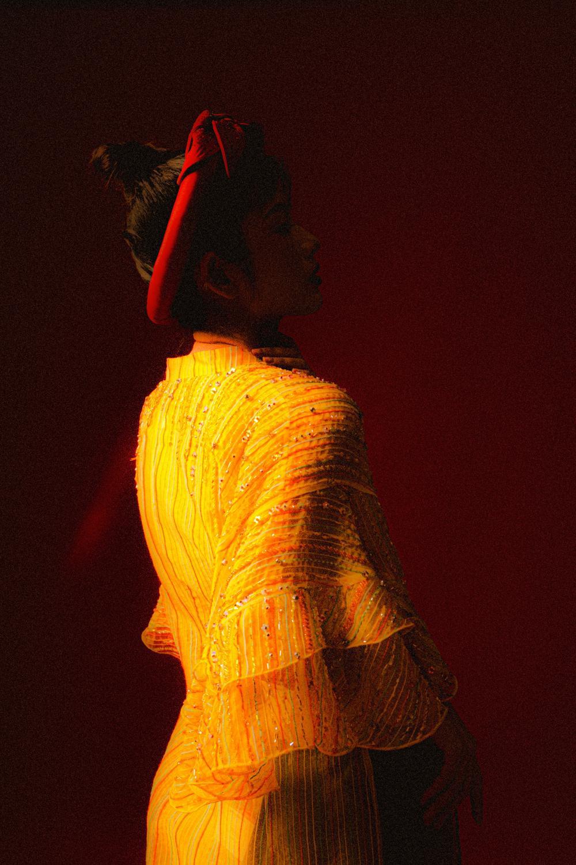 Oanh Kiều biến hóa phong cách trong bộ ảnh Tết, chia sẻ về vai diễn trong 'Trạng Tí' Ảnh 6