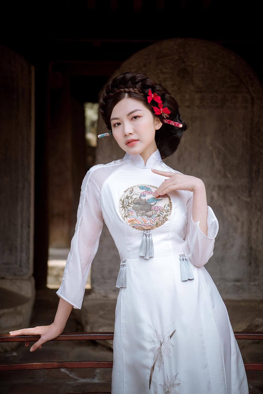Trước thềm Tết Tân Sửu 2021, diễn viên Lương Thanh tung bộ hình áo dài đậm chất xuân Ảnh 14
