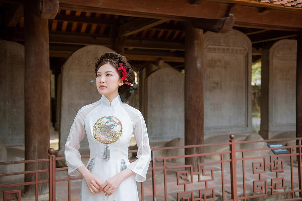 Trước thềm Tết Tân Sửu 2021, diễn viên Lương Thanh tung bộ hình áo dài đậm chất xuân Ảnh 3