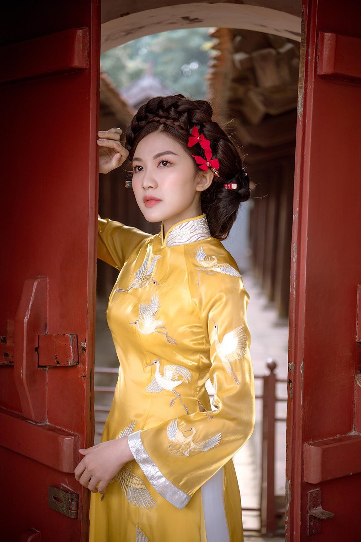 Trước thềm Tết Tân Sửu 2021, diễn viên Lương Thanh tung bộ hình áo dài đậm chất xuân Ảnh 19