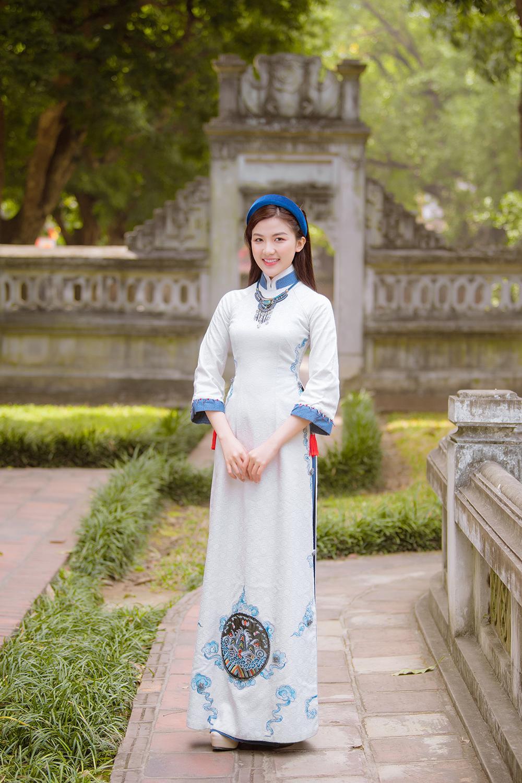 Trước thềm Tết Tân Sửu 2021, diễn viên Lương Thanh tung bộ hình áo dài đậm chất xuân Ảnh 8
