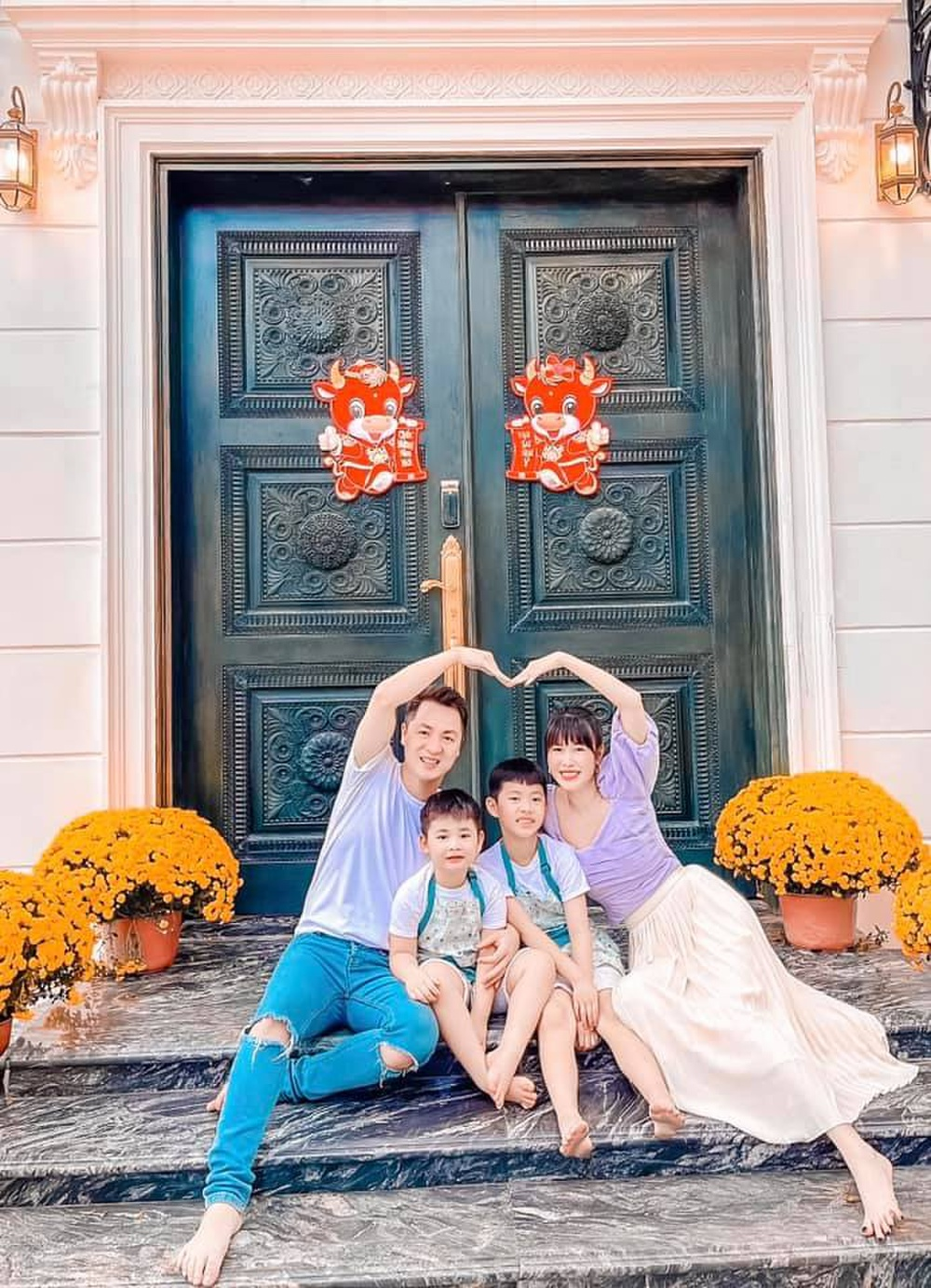 Sao Việt trang trí nhà cửa đón Tết: Ngọc Trinh - Bảo Thy chơi trội, Hà Tăng đơn giản nhưng vẫn 'xịn xò' Ảnh 15